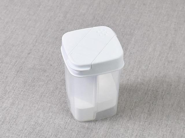画像: いろいろな洗剤に使える「ひとふりで計量できる粉末洗剤ボトル」