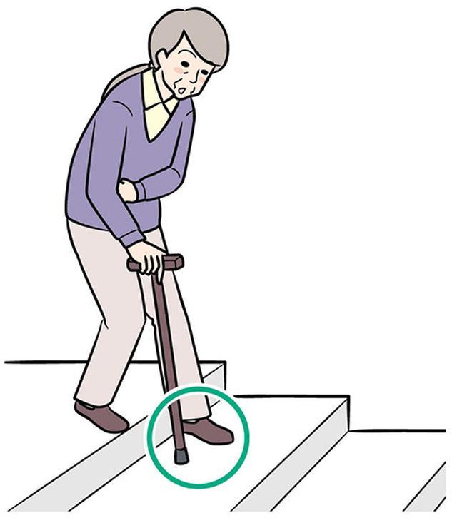 画像: ②マヒのある側の足を下ろす
