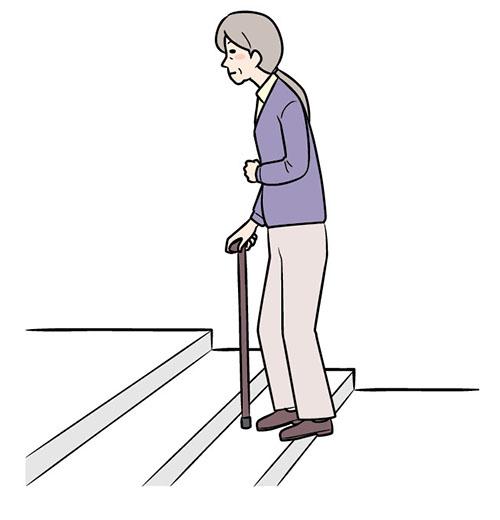 画像: ③マヒのある側の足を引き上げる