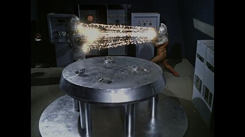 画像: ウルトラセブン第17話『地底GO!GO!GO!』。©円谷プロ