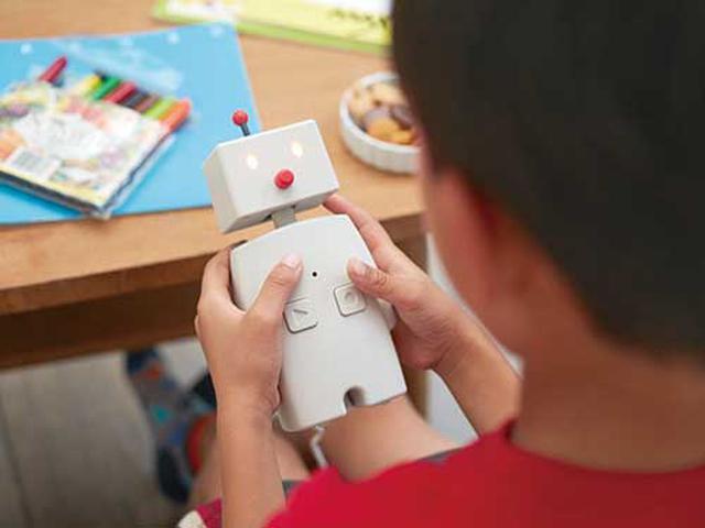 画像: 最大20秒まで声の録音が可能。スマホを持っていない子供や年配者も、音声でメッセージを送ることができる。