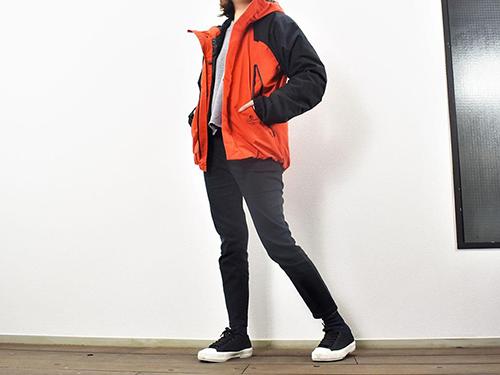 画像: ブラック×オレンジの組み合わせがおしゃれな「DIALIGHT(ディアライト)防水防寒ブルゾン」