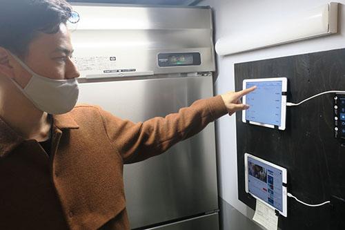 画像: 顧客からの注文は、このようにキッチンのタブレットに直接入る。