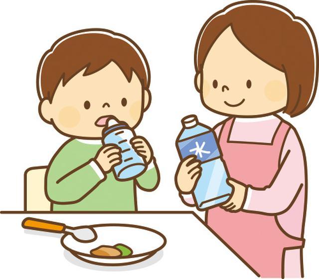 画像: 哺乳瓶でないと飲めない場合は、嚥下が原因かも。