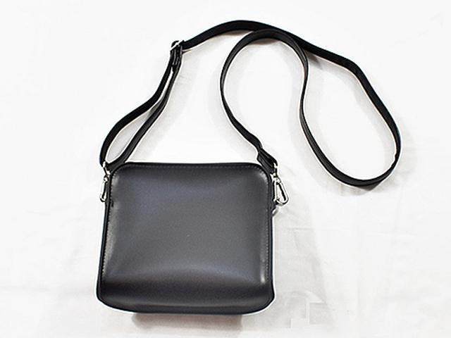 画像: コーデに合わせたバッグでおしゃれ度アップ