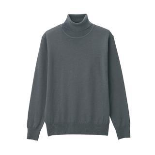 画像: 【無印良品】洗えるから花粉の季節に重宝!首がチクチクしない薄手のタートルネックセーターはマストバイ