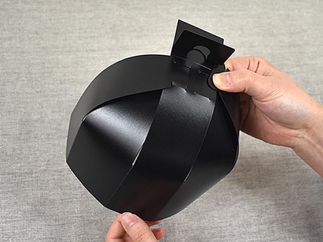 画像: キャップにフィットする丸い形状