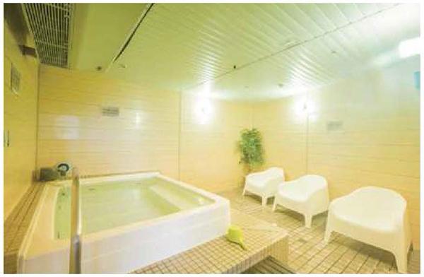 画像: 水風呂の居心地も最高