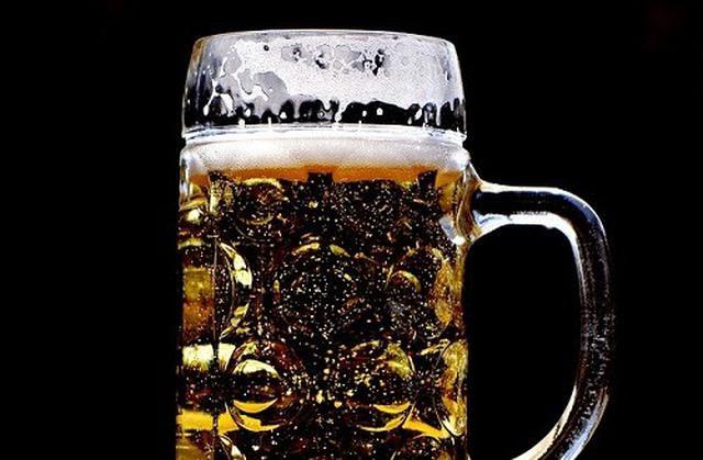 画像: 冷やすべきビールと冷やし過ぎないほうが良いビールがある(写真はイメージ/pixabay)