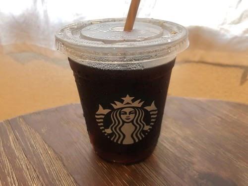画像: スタバのディカフェアイスコーヒー
