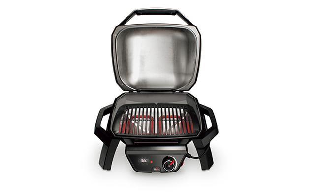 画像: 反射板付きのフタが熱を対流させることで、食材に均等に火が通る。きれいな焼き目をつける鋳鉄製の焼き網は、ホーロー加工で掃除が簡単だ。