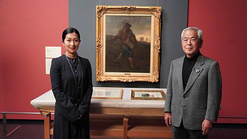 画像: 俳優の鶴田真由氏と山梨県立美術館の青柳正規館長。