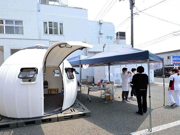 画像: 新型コロナウイルスの対策品として、医療現場だけでもすでに320棟ほどが利用されている