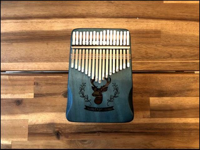画像: カリンバというアフリカの民族楽器です。