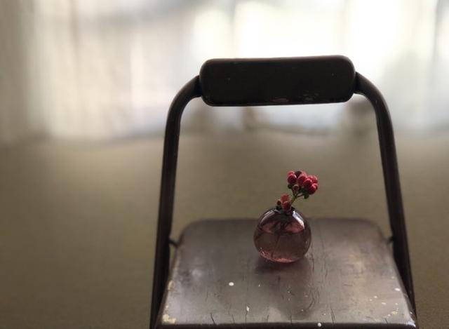 画像: 花にピントを合わせ、背景をぼかすとこんな感じ