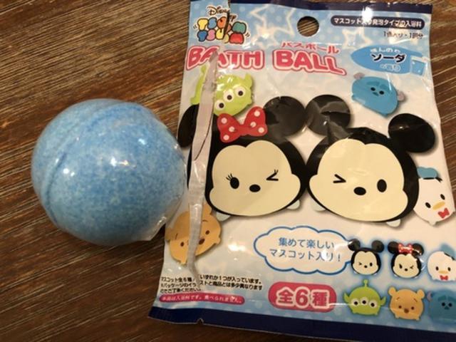画像: 人気のツムツム バスボールも100円で買える