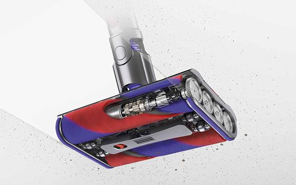画像1: ローラーブラシ2本で全方向に動く、ダイソンのニューノーマル時短掃除機