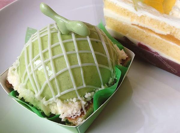 画像: 「まんまるメロンケーキ」本体価格370円 (税込 399円)