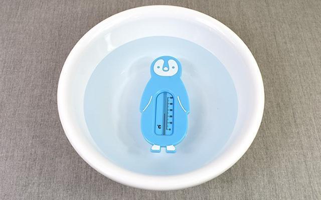 画像: ゆらゆら浮かぶペンギンに癒される!
