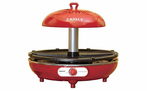 画像: 上部にあるカーボーンヒーターからの輻射熱で食材を調理。下に熱源がないので、煙と油はねを抑えられる。