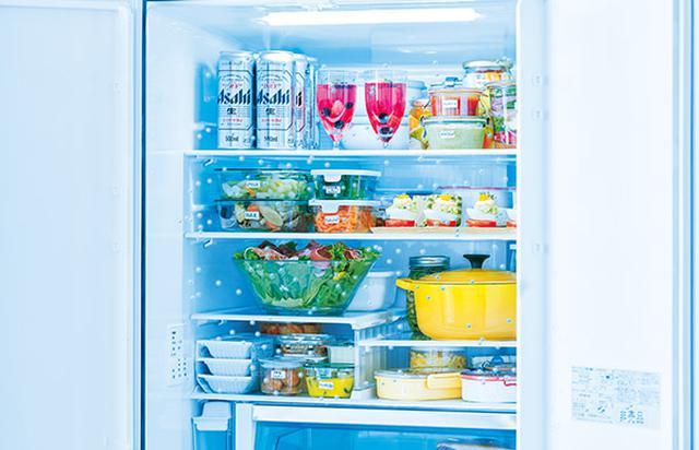 画像: 冷蔵室全体をチルドとして使う日立の「まるごとチルド」は、ちょっと低い温度(2℃)と、80%という高い湿度が特徴。低温で菌の繁殖を抑えつつ、うるおいで食材の鮮度を保つことができる。