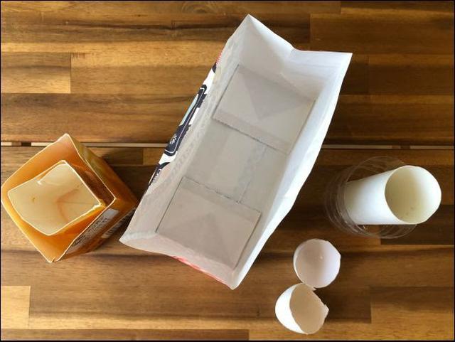 画像: 型は、家にあるものを材料に作っていきます