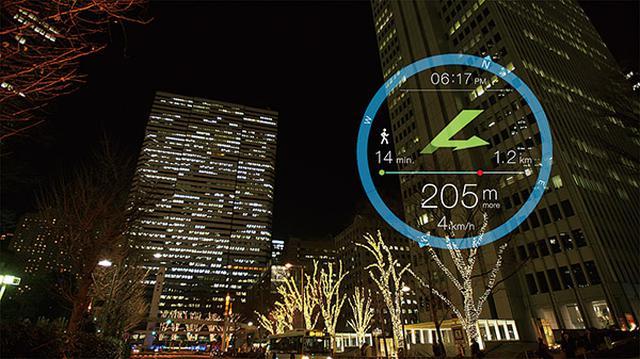 画像: AR対応アプリを利用すれば、視線をそのままに、ナビゲーションなどの情報を同時に得ることもできる。
