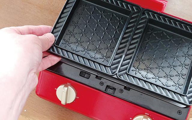 画像: プレートは簡単に取り外せるので、使用後のお手入れも手間いらず。