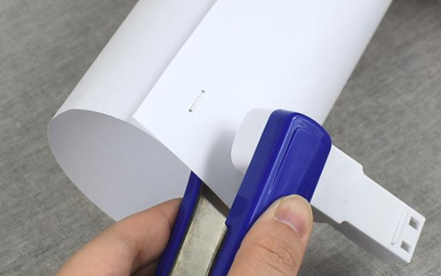 画像: 紙を筒状にまとめるのも簡単