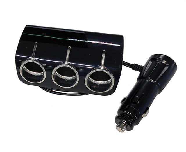 画像: シガーソケットを増設できるアイテム 1000円程で購入できる