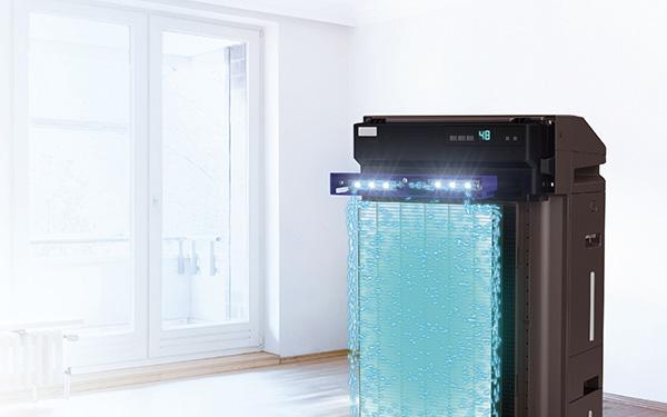 画像: フィルターは、撥水・撥油効果の高い素材を採用し、汚れが広がりにくく、静電力が落ちにくい特徴を持つ。