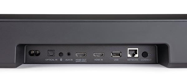 画像: HDMI端子は、4K/HDRおよびeARCに対応した最新仕様。そのほか、光デジタル入力、有線LAN、USB-A、アナログAUX入力と、入出力端子も豊富。