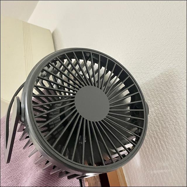 画像: 頭上から風を送ることも可能!