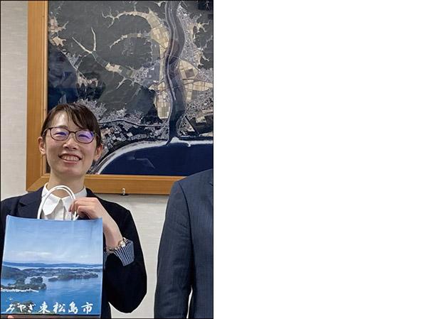画像: 東京五輪のボランティアによる「宮城県・東松島から復興『ありがとう』ツアー」は無料。ガイドは英語。