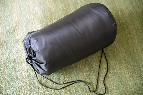 画像: しっかりと収納用の袋も付いて、税込1100円。どう考えても安いのです。