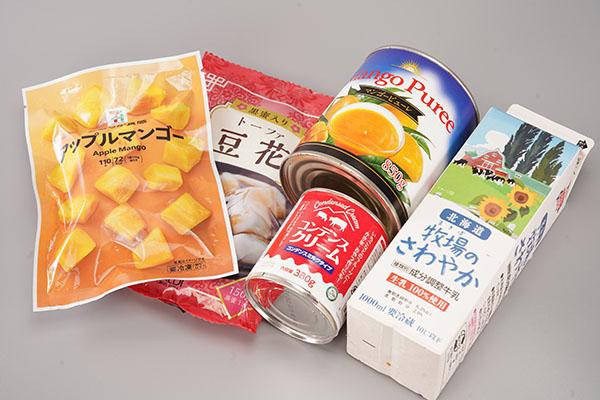画像: 材料は「冷凍マンゴーチャンク」「マンゴーピューレ」「豆花」「牛乳」「コンデンスミルク」です。