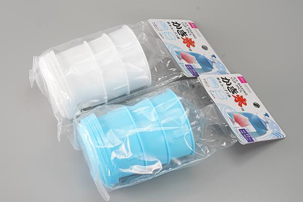 画像: かき氷用製氷カップ3個税別100円。筆者は2セット購入しました。