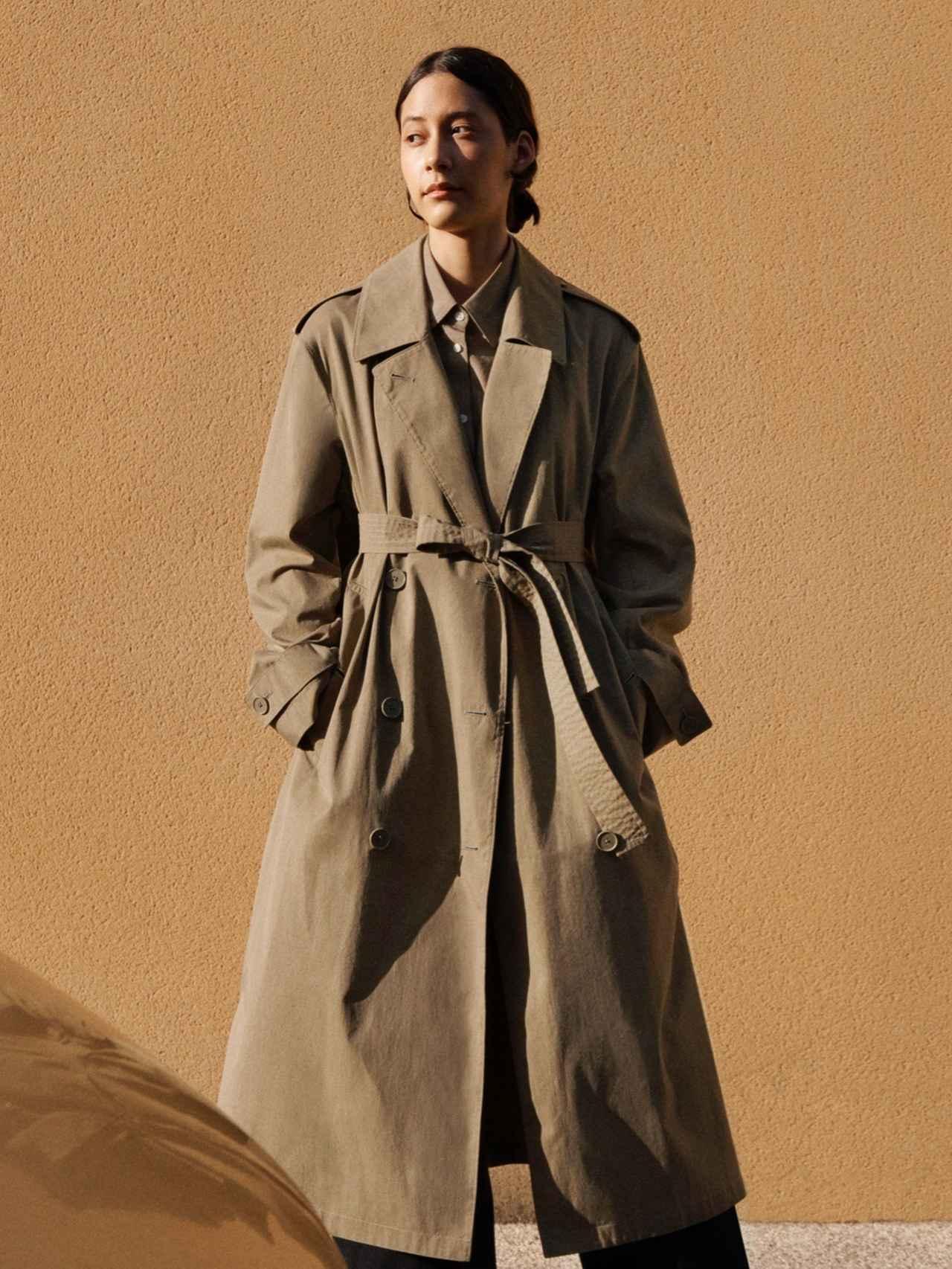 画像: オーバートレンチコート(WOMEN) 9,990円 www.uniqlo.com