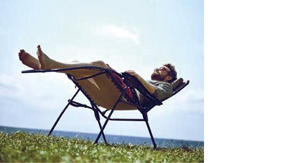 画像4: まずは自立式のハンモックやリラックスチェアでのんびりと過ごす