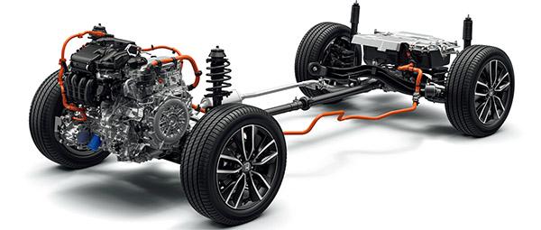 画像: e:HEVの4WDは、リアタイヤをプロペラシャフトで直結した「リアルタイムAWD」を採用。大トルクをリアに伝えられるため、発進から高速走行まで高い走破性を実現できている。