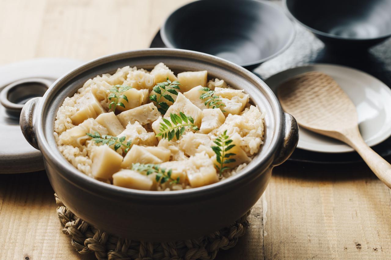 画像: 「ホホホの子炊き込みご飯」 はなびらたけは炊き込みご飯にしても美味 hohohotake.com