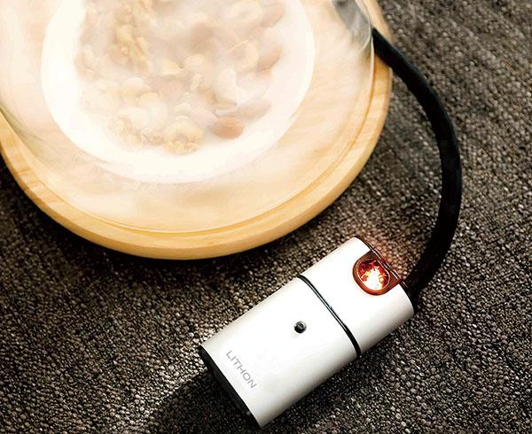 画像2: 好みの食材に燻煙で香りをつけて仕上げるスモーカー