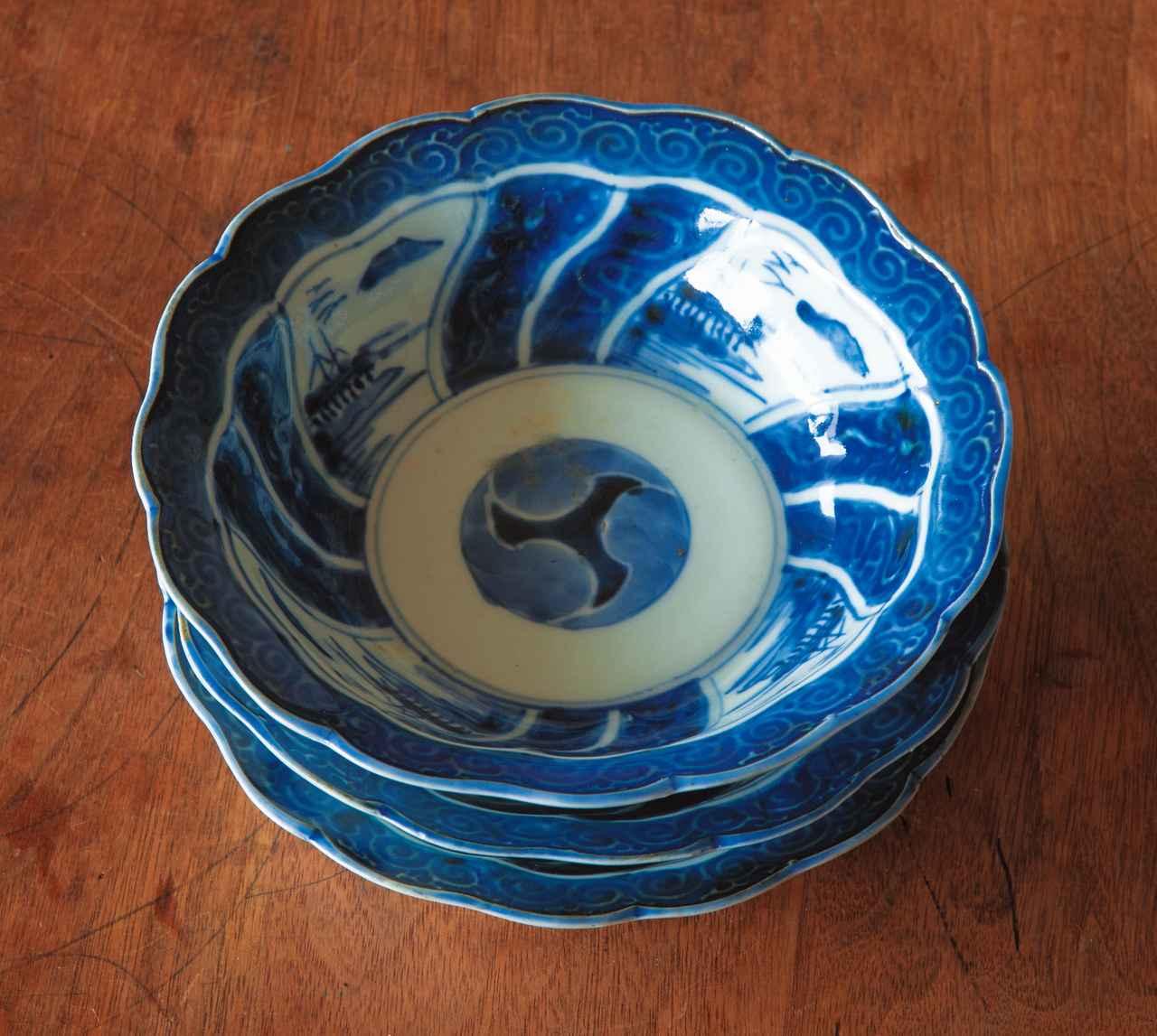 画像: 実家のお母さんから受け継いだ小皿。どんな料理にも映え、食卓で大活躍