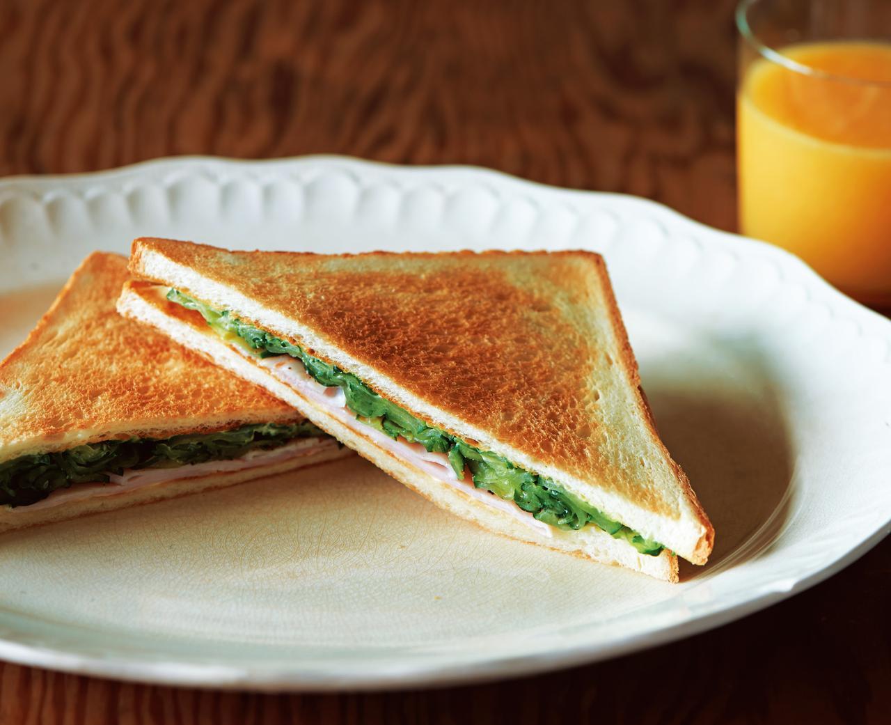 画像1: きゅうりとハムのサンドイッチ