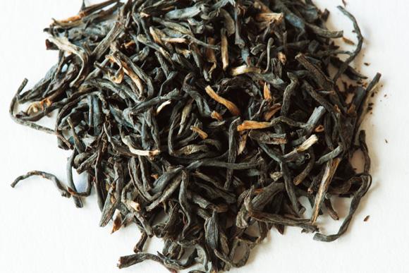 画像: ストレートティーが好きなら細長い茶葉がおすすめ