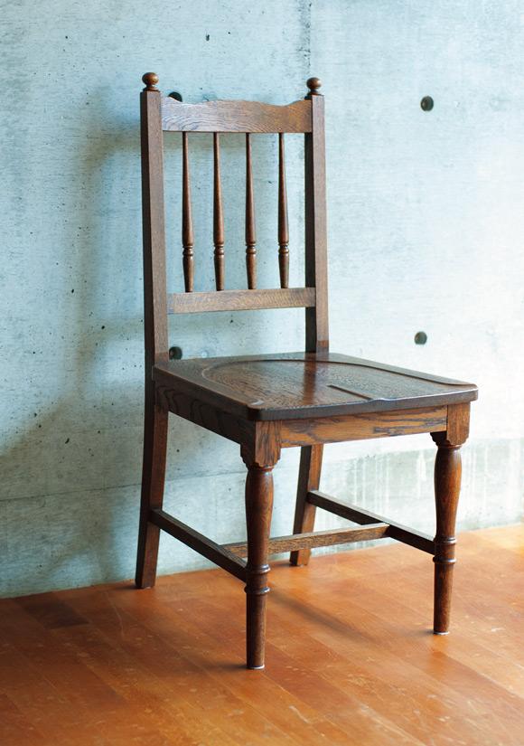 画像: 家具は高くてもいいものを選び長く使う、という考えは20代から。神奈川・鎌倉の島屋でひと目惚れした椅子は、いまも現役