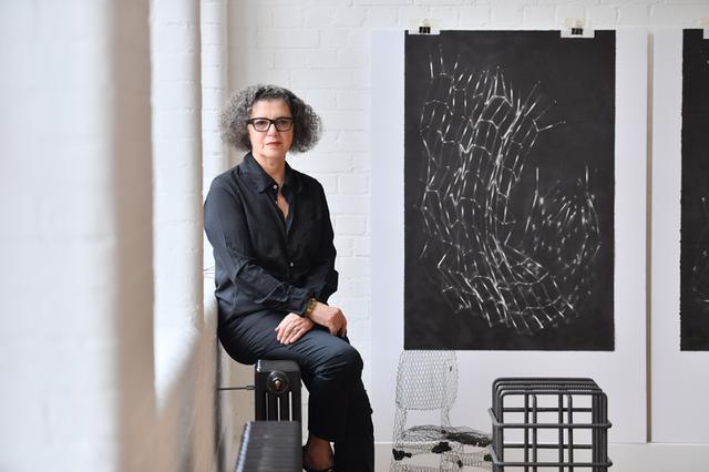 画像: ロンドンのアトリエにて 2019年 At her studio in London, 2019