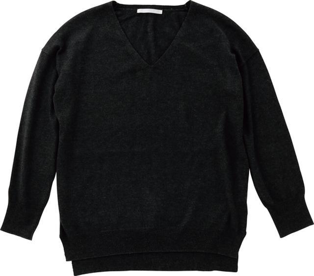 画像: 「ユニクロ」のカシミヤVネックセーター