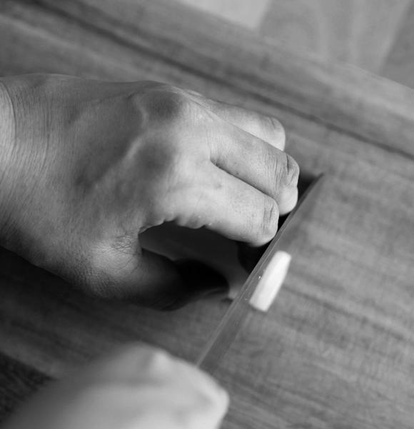 画像: 指の置き方