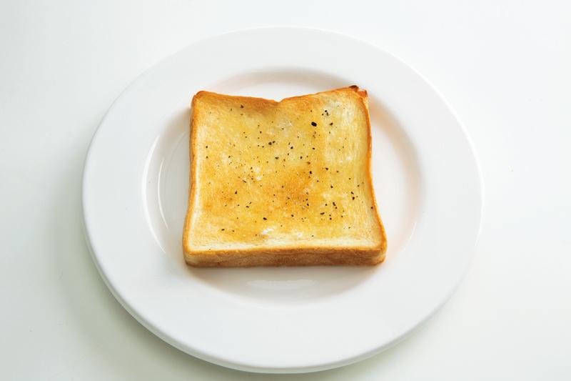 画像: 6枚切り食パンで 塩バタートースト